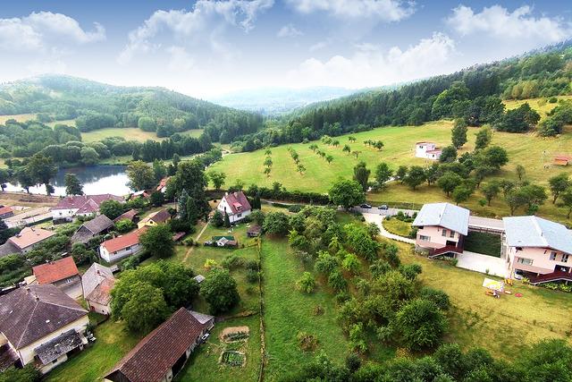 Pohled na Jetřichovice a apartmánové domy